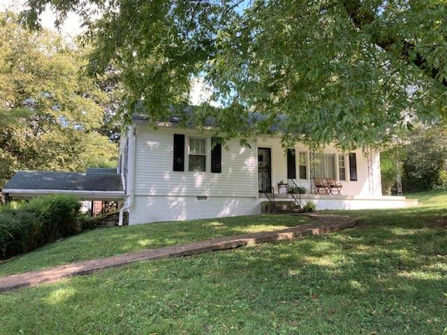 1017 Oakdale Dr, Columbia, TN 38401 (MLS #RTC2292147) :: Morrell Property Collective | Compass RE