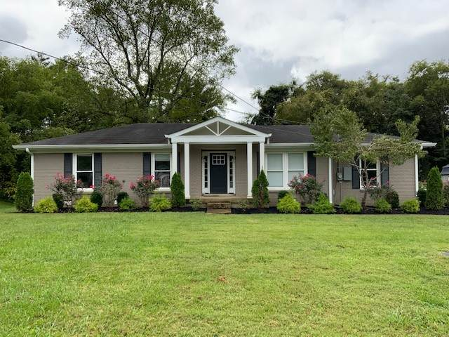 1141 Howell Dr, Franklin, TN 37069 (MLS #RTC2292470) :: Morrell Property Collective | Compass RE