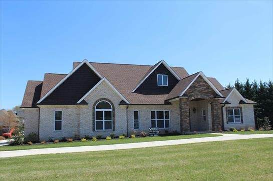 309 Gray Hawk Trl, Clarksville, TN 37043 (MLS #RTC2292471) :: Morrell Property Collective | Compass RE
