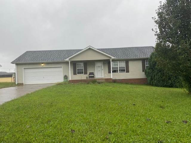 1014 Bobcat Dr, Clarksville, TN 37042 (MLS #RTC2292583) :: The Milam Group at Fridrich & Clark Realty