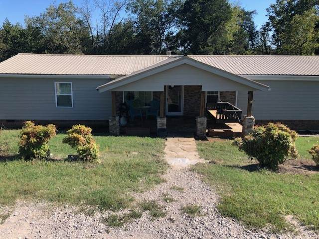 3821 Greenfield Bend Rd, Williamsport, TN 38487 (MLS #RTC2294558) :: Maples Realty and Auction Co.