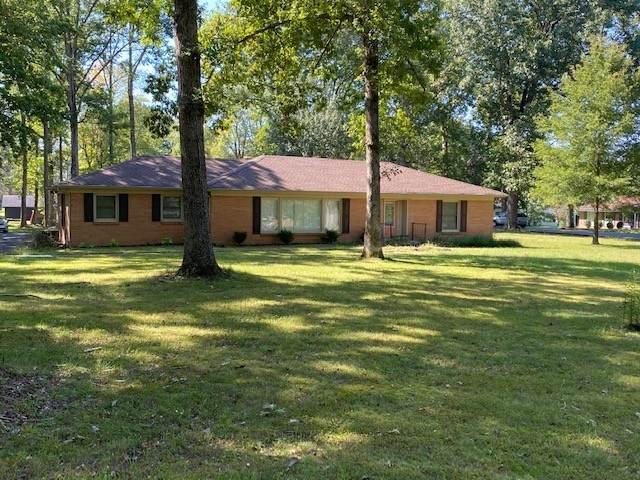 901 Forest Cir, Lafayette, TN 37083 (MLS #RTC2294725) :: The Godfrey Group, LLC