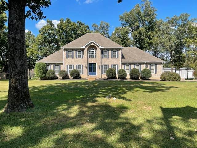 1640 Eno Rd, Dickson, TN 37055 (MLS #RTC2295182) :: Nashville Home Guru