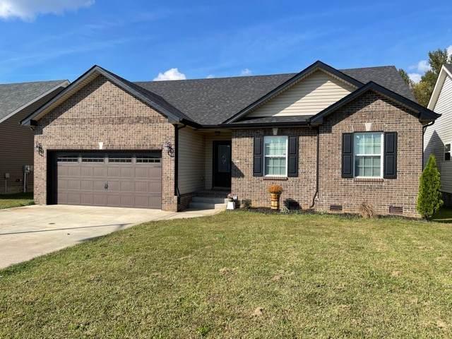 831 Shelton Cir, Clarksville, TN 37042 (MLS #RTC2295896) :: Cory Real Estate Services