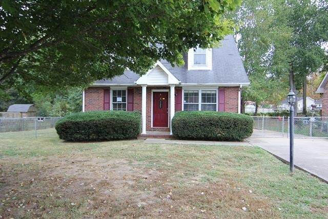 525 Donna Dr, Clarksville, TN 37042 (MLS #RTC2301142) :: Nelle Anderson & Associates