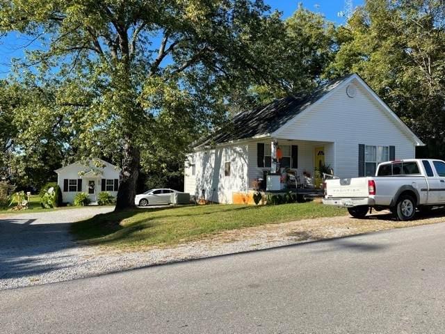 330 Caldwell St, Mc Minnville, TN 37110 (MLS #RTC2301336) :: Team George Weeks Real Estate