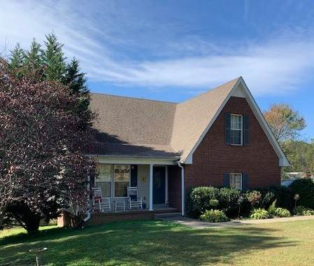8592 Middle Lick Creek Rd, Lyles, TN 37098 (MLS #RTC2302471) :: Nashville on the Move