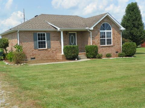 108 Westland St, Portland, TN 37148 (MLS #1846706) :: KW Armstrong Real Estate Group