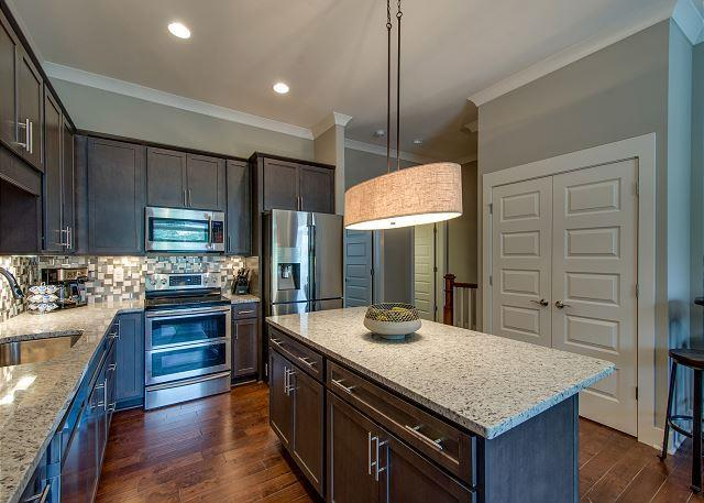 1106 Wade Ave Unit 4, Nashville, TN 37203 (MLS #1895853) :: Team Wilson Real Estate Partners