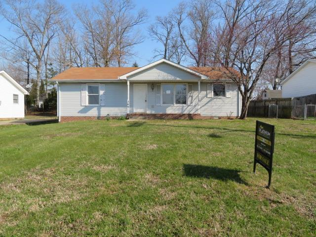 369 Donna Dr, Clarksville, TN 37042 (MLS #1912171) :: RE/MAX Choice Properties