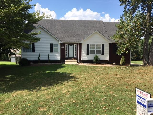 2015 Old Russellville Pike, Clarksville, TN 37043 (MLS #1946232) :: REMAX Elite