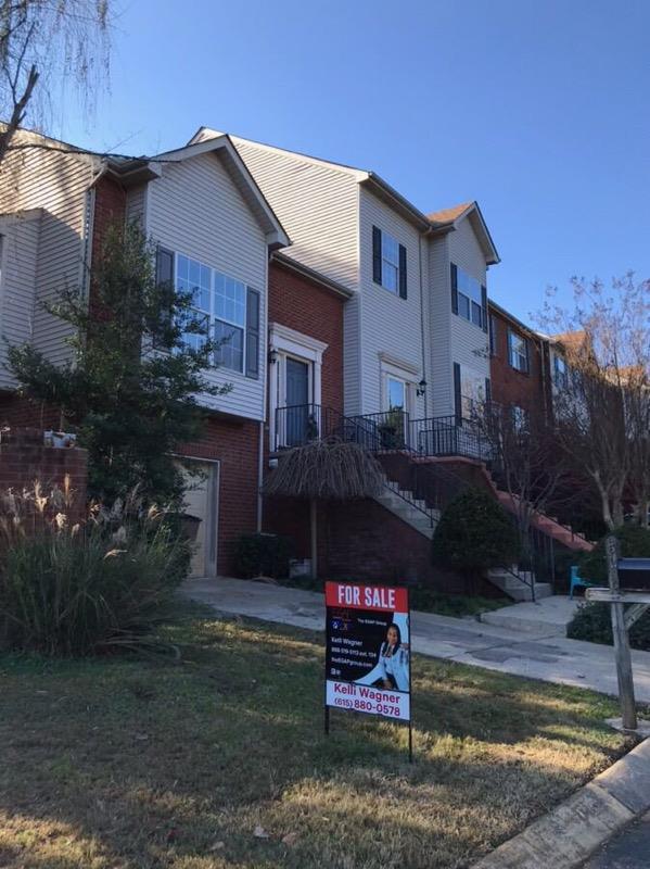 520 Huntington Ridge Dr, Nashville, TN 37211 (MLS #1990838) :: John Jones Real Estate LLC