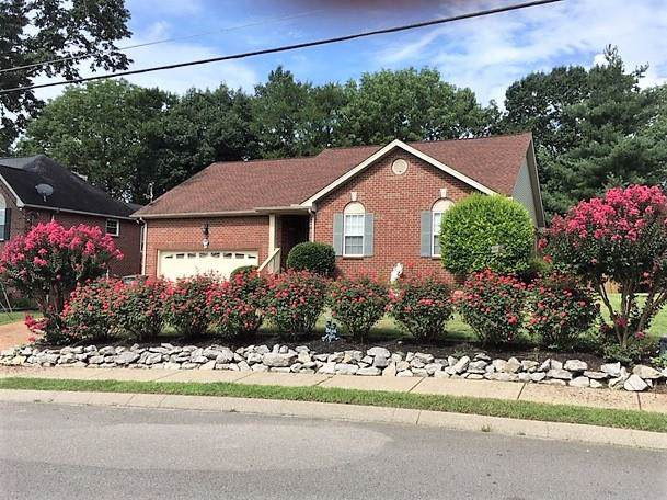 1014 Nighthawk Ln, Mount Juliet, TN 37122 (MLS #RTC2060946) :: Village Real Estate