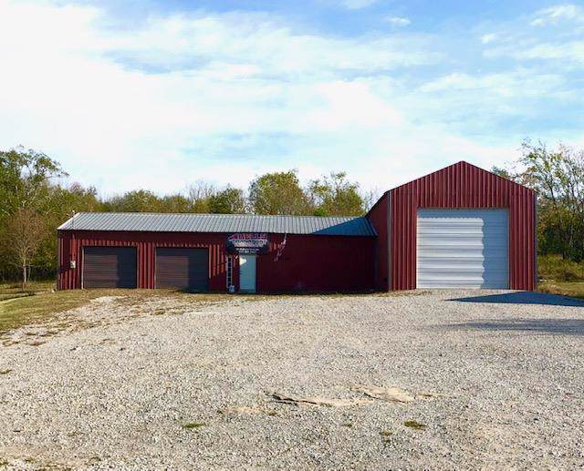64 Old Lincoln Rd, Fayetteville, TN 37334 (MLS #RTC2080889) :: Black Lion Realty