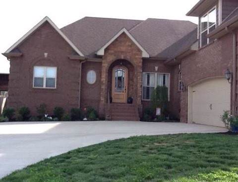 132 Covey Rise Cir, Clarksville, TN 37043 (MLS #RTC2105518) :: RE/MAX Homes And Estates