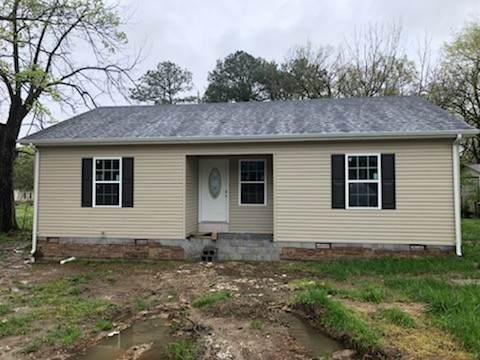 509 W Moore St, Tullahoma, TN 37388 (MLS #RTC2118163) :: FYKES Realty Group