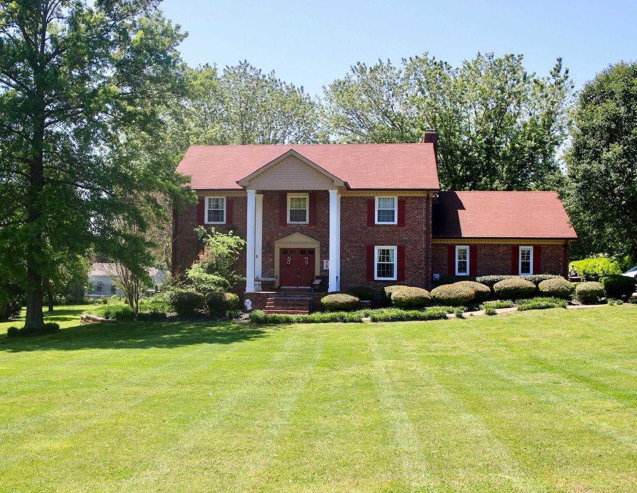 119 Countrywood Dr - Photo 1