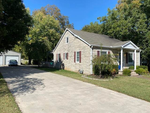 106 5th Ave NW, Winchester, TN 37398 (MLS #RTC2196200) :: Village Real Estate