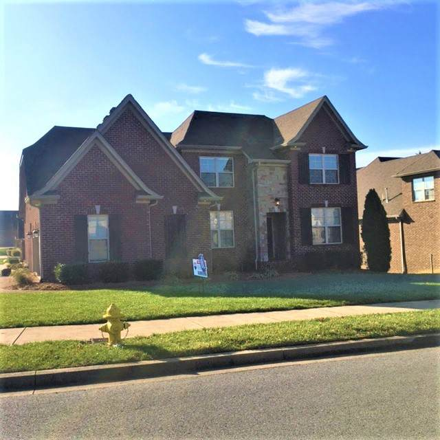 100 Sagamore Trce, Hendersonville, TN 37075 (MLS #RTC2214461) :: RE/MAX Homes And Estates