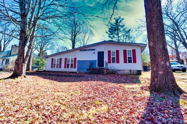 1907 Bel Aire Dr, Tullahoma, TN 37388 (MLS #RTC2221777) :: The Milam Group at Fridrich & Clark Realty