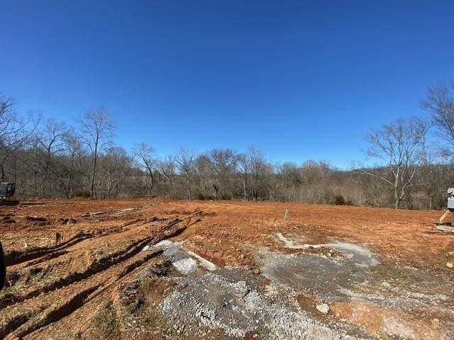 136 Chalet Hills, Clarksville, TN 37040 (MLS #RTC2232938) :: The Adams Group