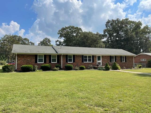 110 Crestwood Dr, Tullahoma, TN 37388 (MLS #RTC2296512) :: The Home Network by Ashley Griffith