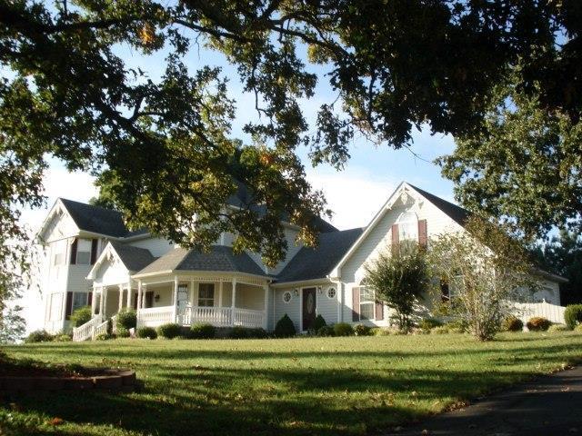 194 Twin Lakes Dr, McMinnville, TN 37110 (MLS #1673143) :: John Jones Real Estate LLC