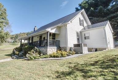 2520 Lick Creek Road, Hartsville, TN 37074 (MLS #1981961) :: Maples Realty and Auction Co.
