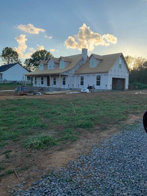 135 Osteen Ln, Chapel Hill, TN 37034 (MLS #RTC2197890) :: Village Real Estate