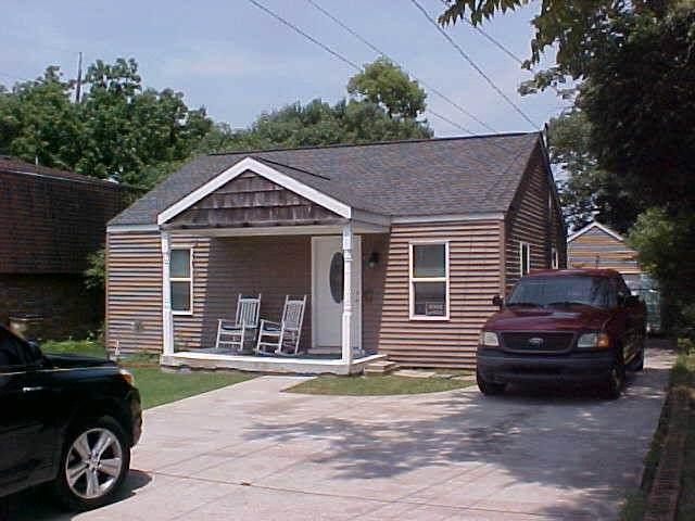 411 Maple St, Madison, TN 37115 (MLS #RTC2277048) :: DeSelms Real Estate