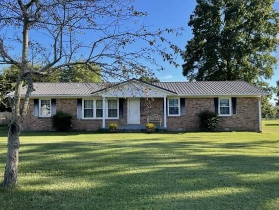 112 Hwy 20, Summertown, TN 38483 (MLS #RTC2289729) :: The Godfrey Group, LLC