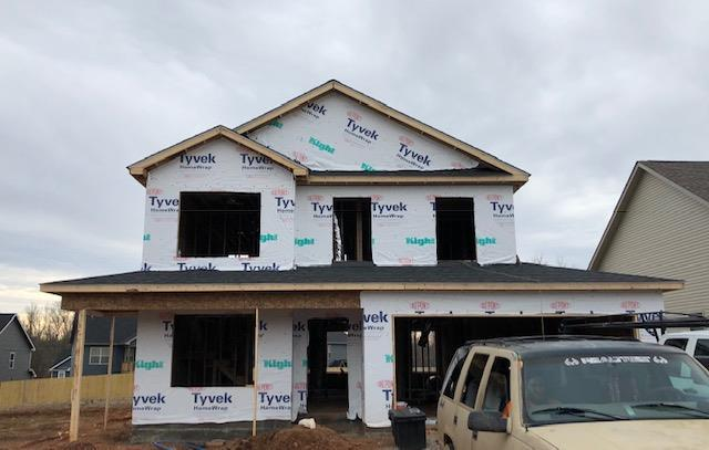 143 Eagles Bluff, Clarksville, TN 37040 (MLS #1997664) :: DeSelms Real Estate