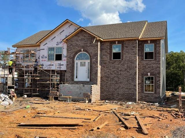 225 Cedar Springs, Clarksville, TN 37042 (MLS #RTC2285139) :: Movement Property Group