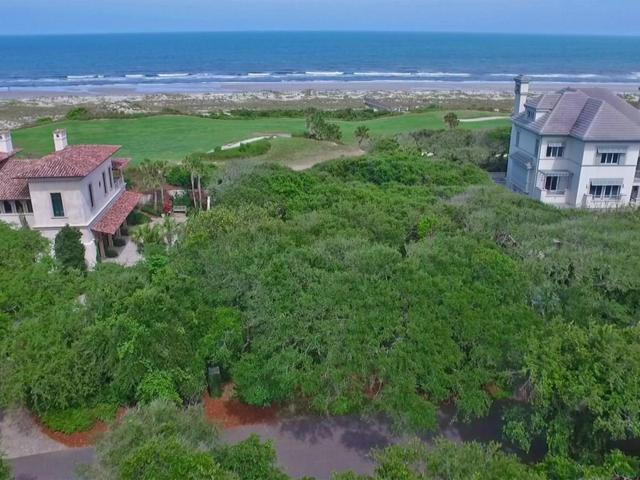 31 Ocean Club Drive, Fernandina Beach, FL 32034 (MLS #79600) :: Berkshire Hathaway HomeServices Chaplin Williams Realty