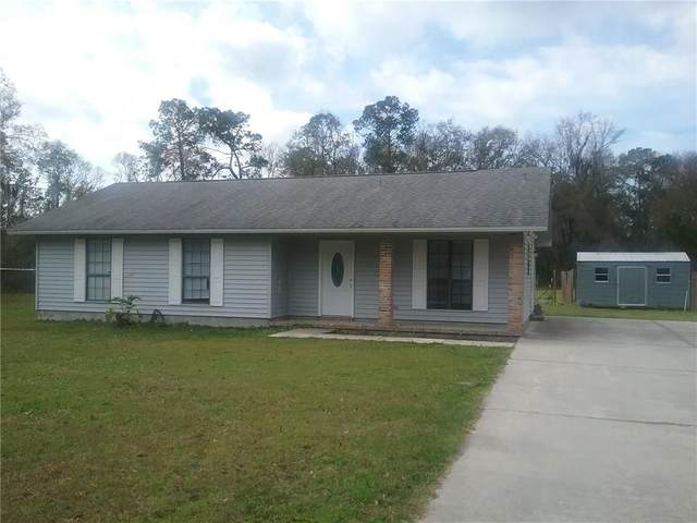 36082 Pine Street, Hilliard, FL 32046 (MLS #88004) :: Berkshire Hathaway HomeServices Chaplin Williams Realty