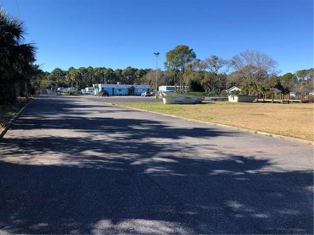 3243 Amelia Road, Fernandina Beach, FL 32034 (MLS #93570) :: Berkshire Hathaway HomeServices Chaplin Williams Realty