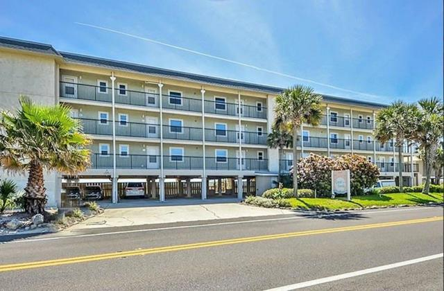 426 S Fletcher Avenue #101, Fernandina Beach, FL 32034 (MLS #78811) :: Berkshire Hathaway HomeServices Chaplin Williams Realty