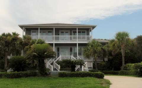 3709 S Fletcher Avenue, Fernandina Beach, FL 32034 (MLS #55800) :: Berkshire Hathaway HomeServices Chaplin Williams Realty