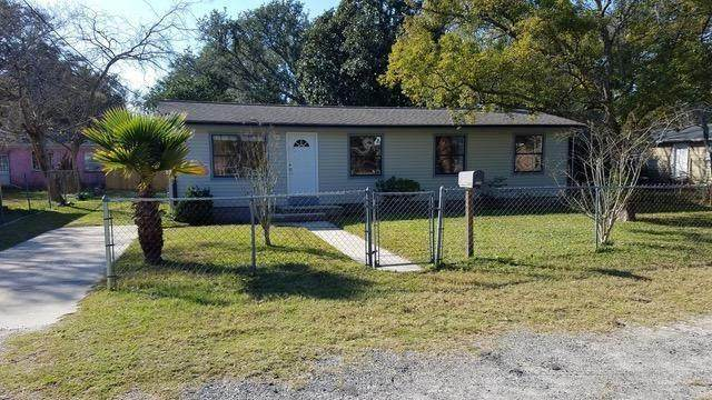 1116 Hickory Street, Fernandina Beach, FL 32034 (MLS #88161) :: Berkshire Hathaway HomeServices Chaplin Williams Realty