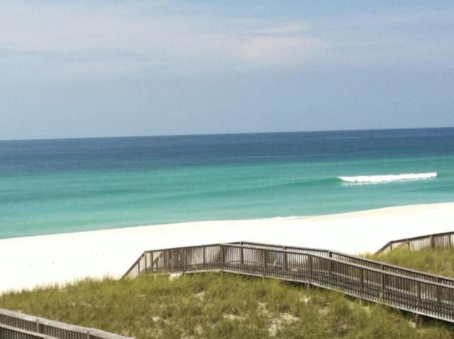 7823 Gulf Boulevard D, Navarre, FL 32566 (MLS #776444) :: ResortQuest Real Estate