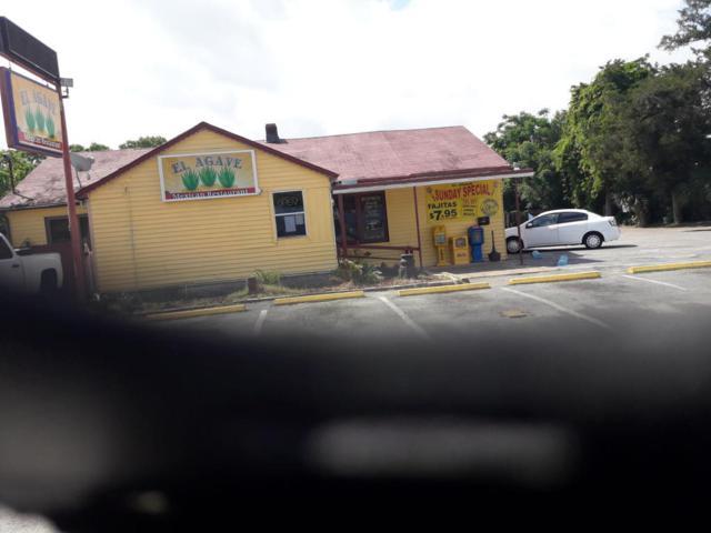 3811 W Navy Boulevard, Pensacola, FL 32507 (MLS #796921) :: ResortQuest Real Estate