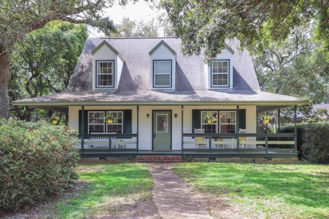 2822 Sandy Ridge Road, Gulf Breeze, FL 32563 (MLS #823346) :: ResortQuest Real Estate