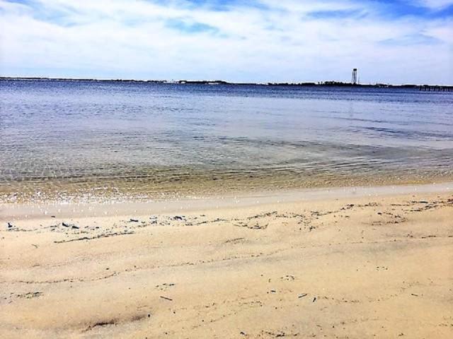2032 Pritchard Point Drive, Navarre, FL 32566 (MLS #825558) :: ResortQuest Real Estate