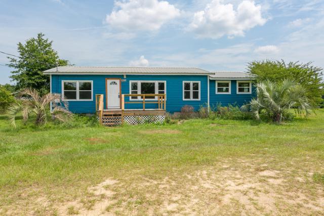 9422 Nichols Lake Road, Milton, FL 32583 (MLS #826203) :: ResortQuest Real Estate