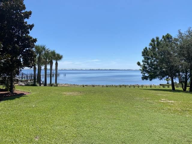 1763 Snapdragon Drive, Navarre, FL 32566 (MLS #883214) :: Levin Rinke Realty