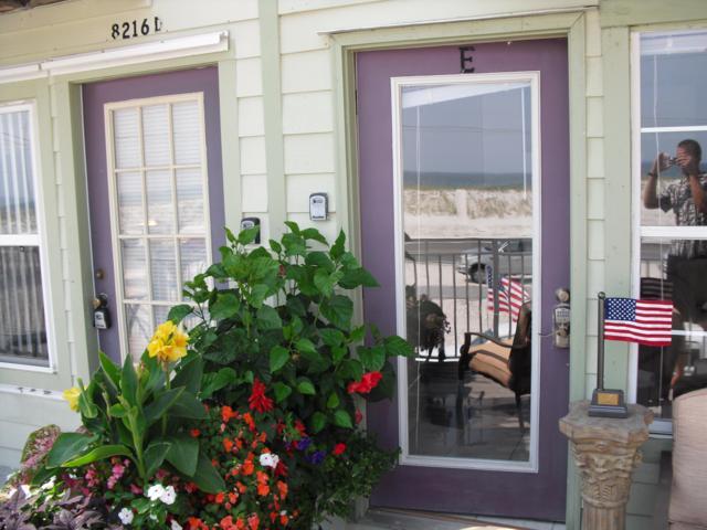 8216 Gulf Blvd E, Navarre, FL 32566 (MLS #814644) :: ResortQuest Real Estate