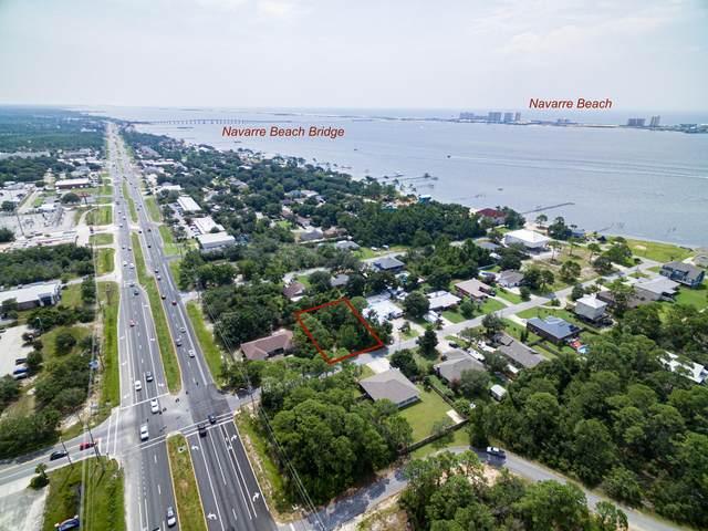 1802 Thresher Drive, Navarre, FL 32566 (MLS #878222) :: Levin Rinke Realty