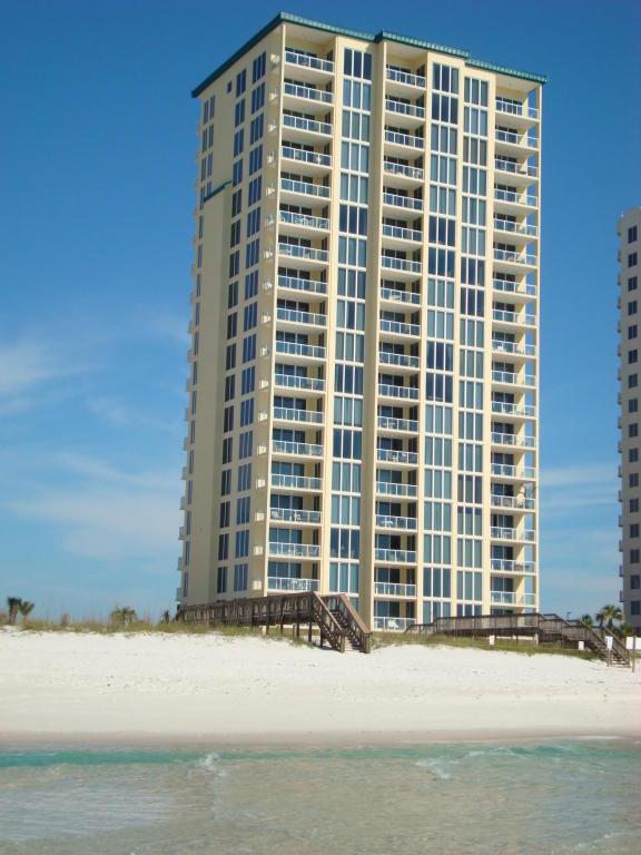 8477 Gulf Boulevard Apt 101, Navarre, FL 32566 (MLS #763354) :: ResortQuest Real Estate
