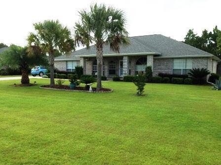 7504 Frankfort Street, Navarre, FL 32566 (MLS #796128) :: ResortQuest Real Estate