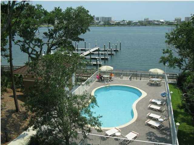 113 Brooks Street Unit 205, Fort Walton Beach, FL 32548 (MLS #806002) :: ResortQuest Real Estate